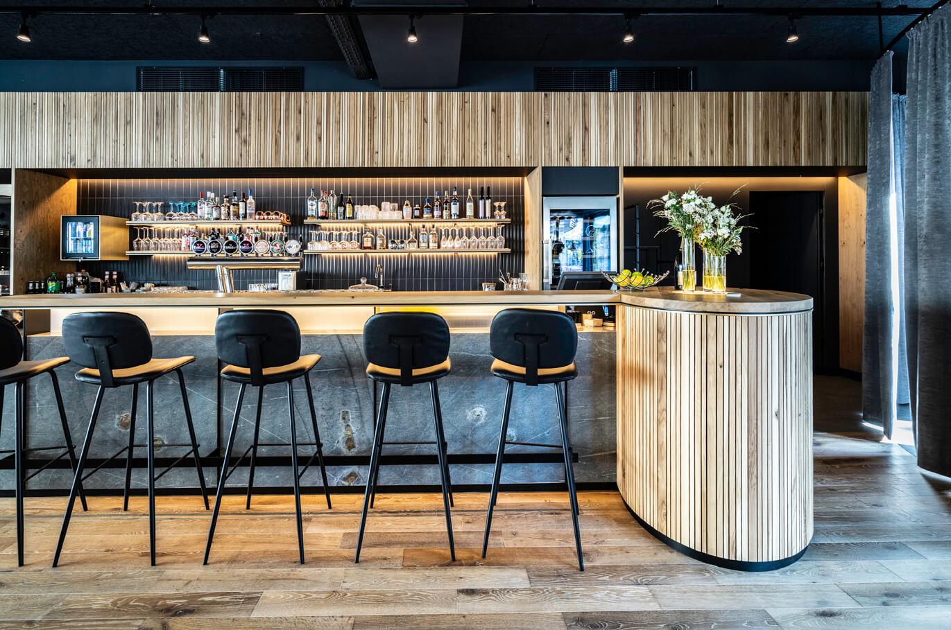 SCANAUA_Restaurant_Bar_Landstrasse_30_9494_Schaan_Liechtenstein_96